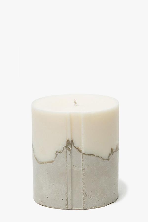 "NOVEL STUDIOS Concrete Palmarosa 4"" Candle"