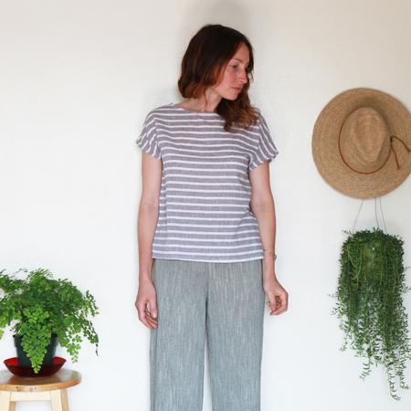 Me & Arrow Basic Tee - Grey Stripe