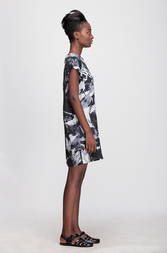 Osei-Duro Deni Raglan Dress in B&W Abstract
