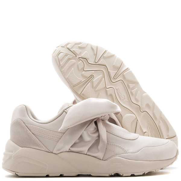 separation shoes 37a72 d42e9 Puma Fenty By Rihanna Bow Trainer / Pink Tint