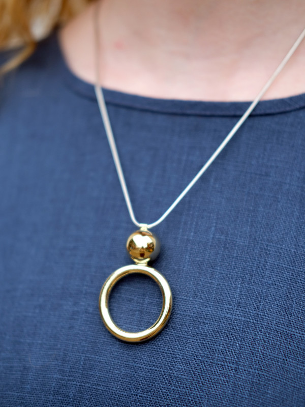 Young Frankk CIRCLE ORB NECKLACE IN BRASS