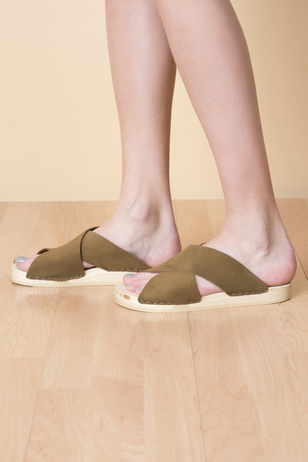 0157d4e5344 ... Flat Base Frida Clog In Bark Suede. sold out. No.6