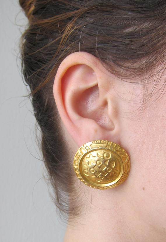 Vintage Collection Gold post-backs