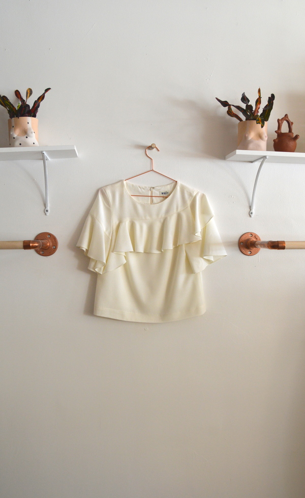 WHiT Lash Top in Ivory
