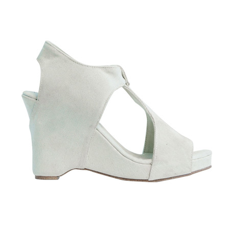 Slow and Steady Wins the Race Wedge Sandal - Light Denim