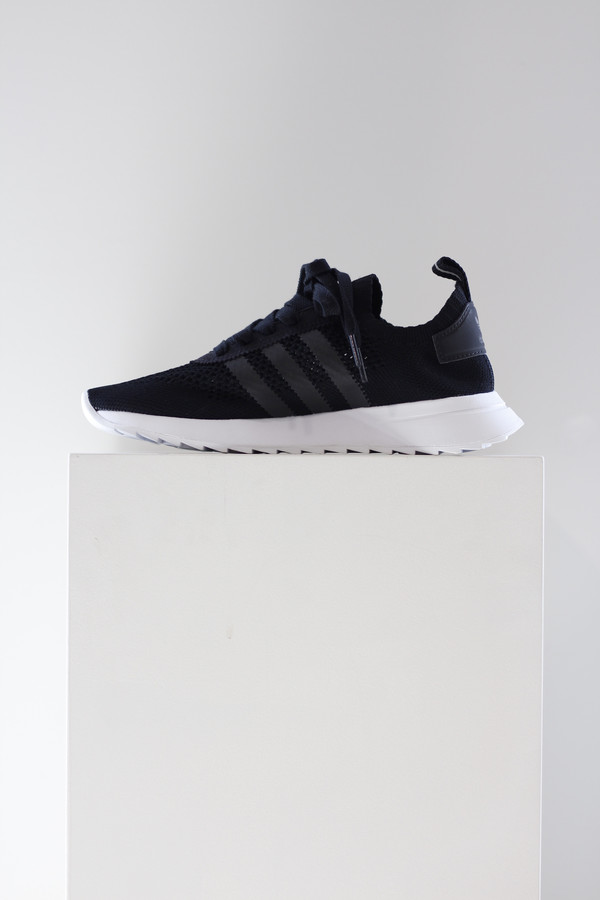 f29a68386991a1 Adidas flashback sneaker. sold out. Adidas