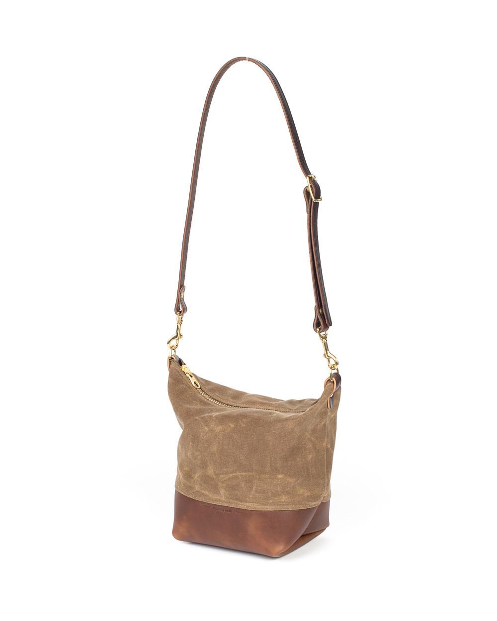 Wood Amp Faulk Cascade Range Tan Waxed Canvas Field Bag