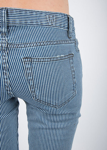 Skinny Jeans  in Washed Stripe