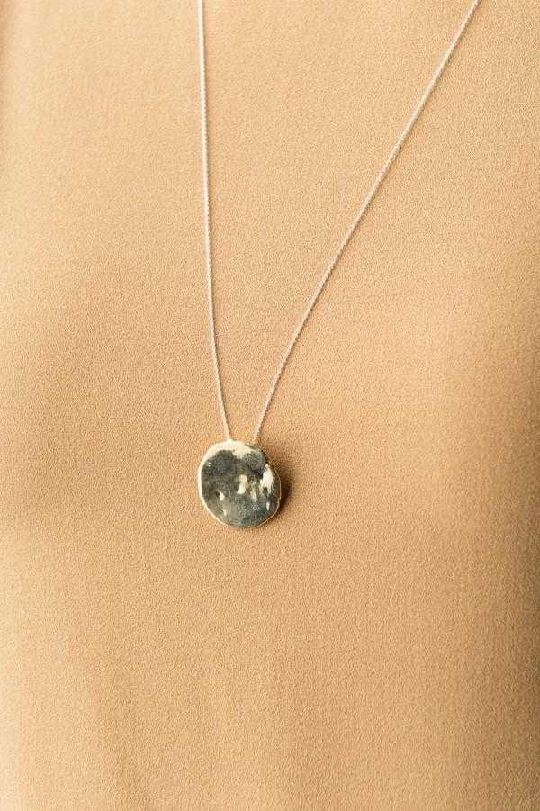 Odette New York Roche Necklace In Brass