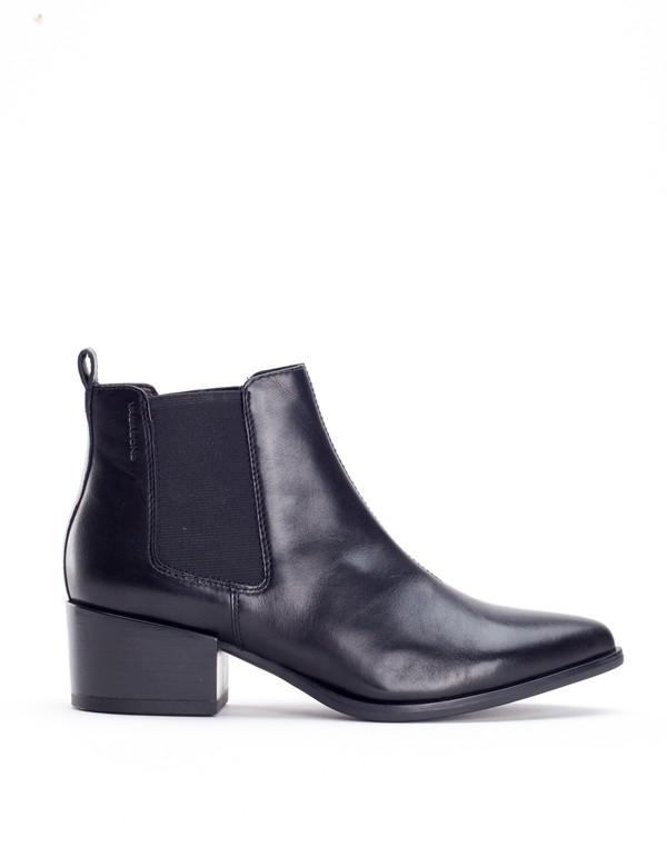 Vagabond Marja Chelsea Boot Black on Garmentory