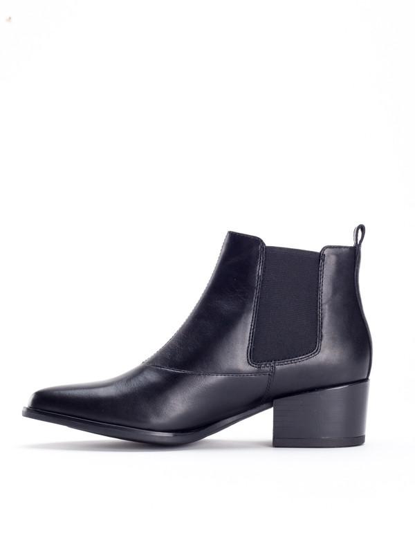 online store 96b62 316d2 Vagabond Marja Chelsea Boot - Black