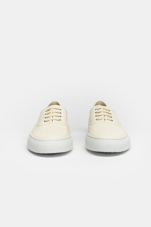 Common Projects TOURNAMENT FOUR HOLE SNEAKER