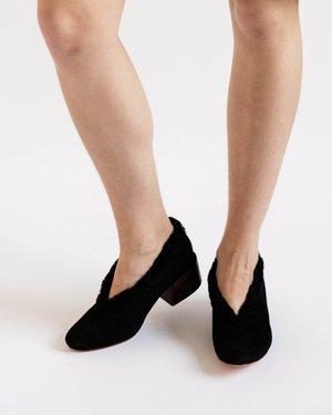 Mari Giudicelli Pina Ballerinas in Black Suede and Shearling