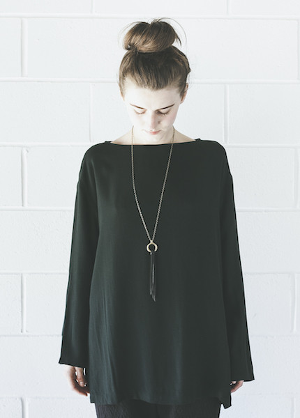 Black Crane Long Slit Top | Forest