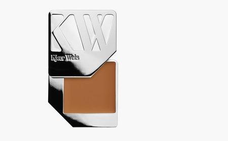 Kjaer Weis Delicate Foundation