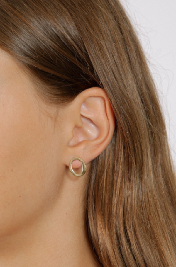 Wolf Circus Oval Earrings in Gold