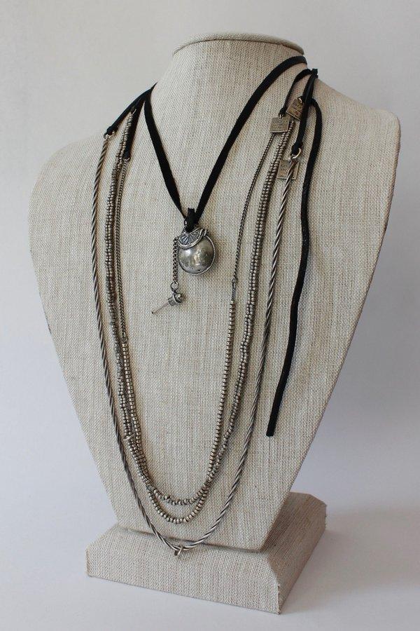 Goti Necklace CN194