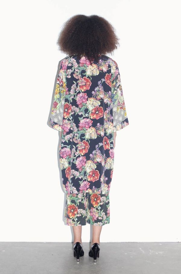 Strathcona Art Deco Tulip & Watercolour Bouquet Silk Kimono Robe - Online Only
