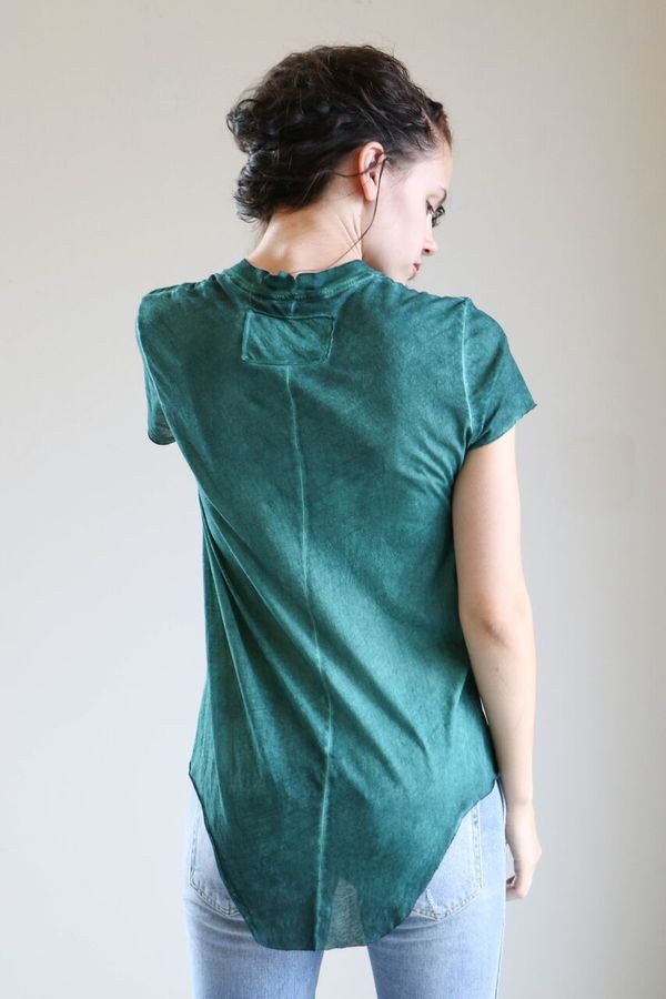 Q House of Basics Cara Tee in Forest