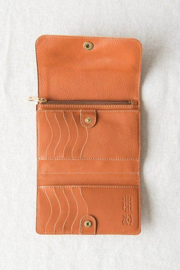 Il Bisonte Three Flap Wallet in Caramel