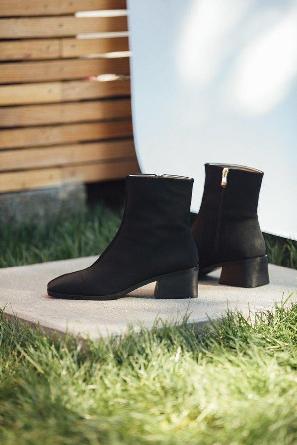 Suzanne Rae Mesh Boot - black