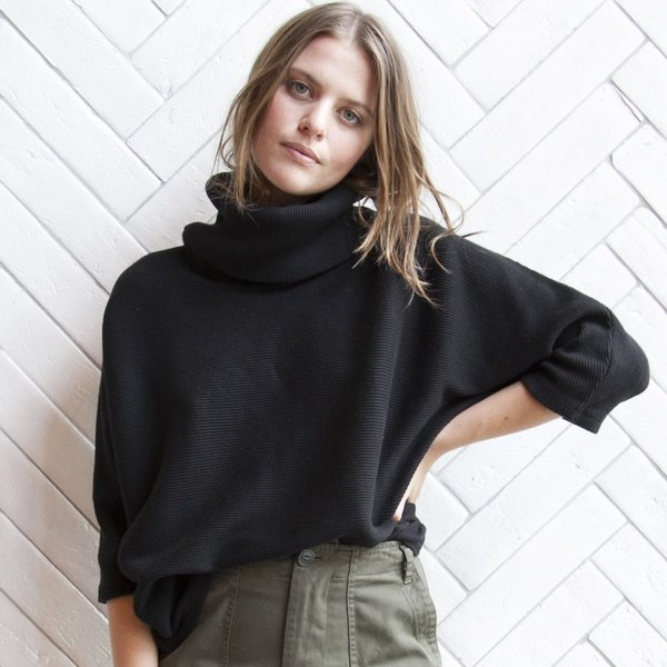 Esby Mesa Dolman Rib Turtleneck - Black