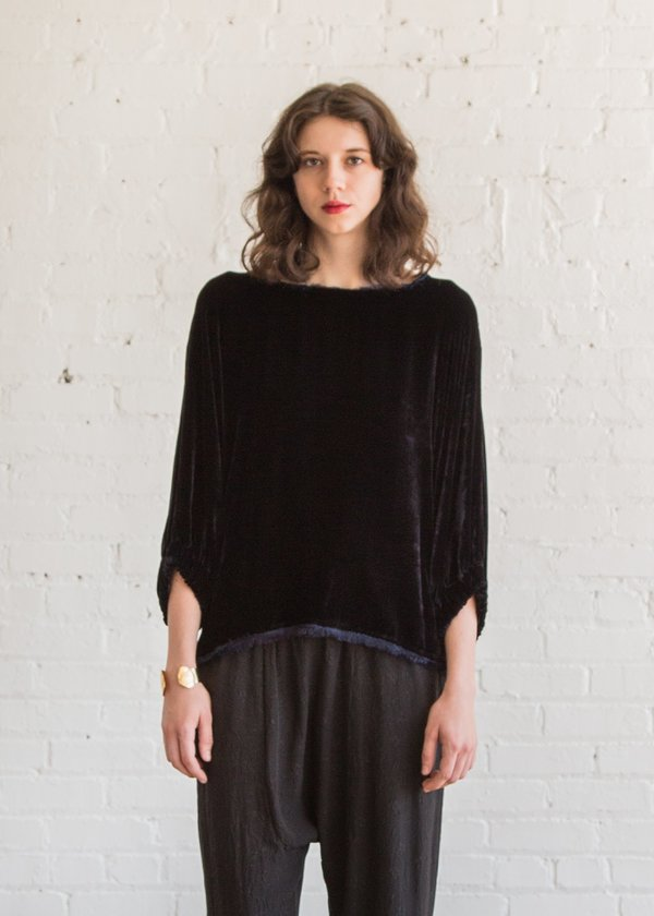 Raquel Allegra Dolman Top in Midnight
