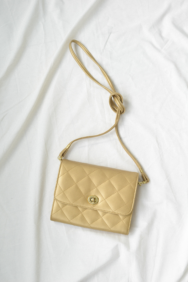 Carmelina Vintage Quilted Purse