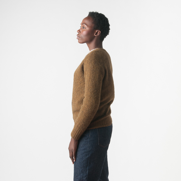 Howlin' Anette Cardigan in Old Olive