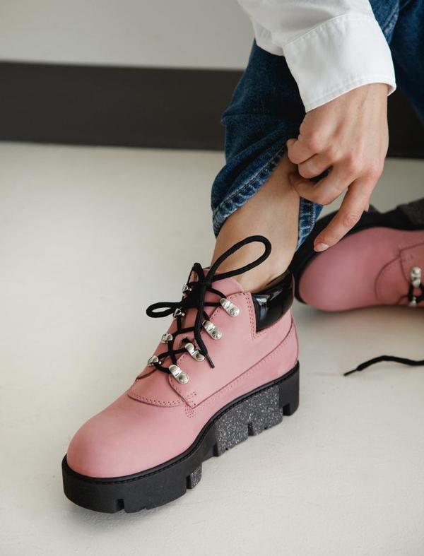 Acne Studios Womens Tinne Boots Pink