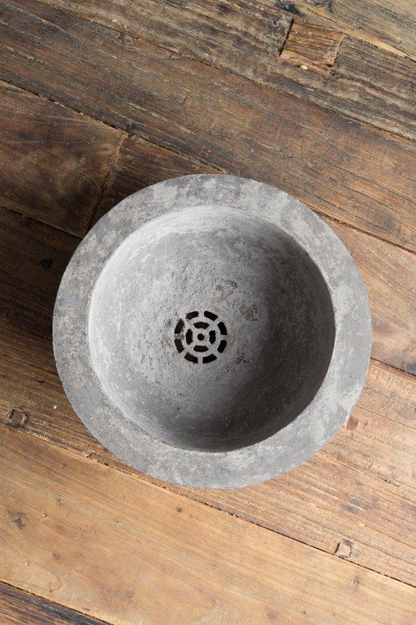 apotspot Ruth Planter In Cement