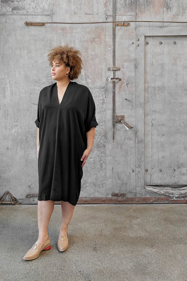 Hackwith Design House Plus Size Raw Finish Cocoon Dress Black