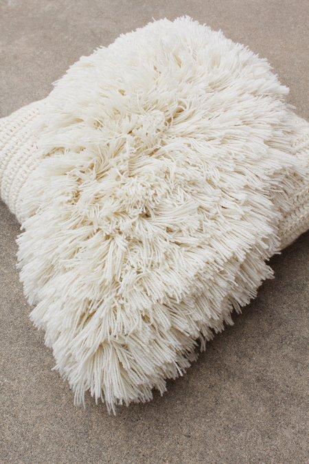Artist Alpaca Handmade Alta Fringe Pillow - Ivory