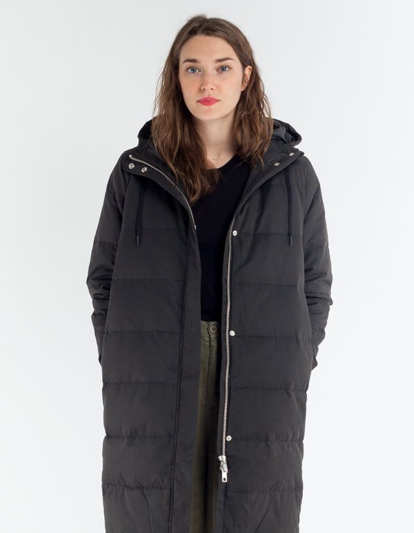 Selfhood Long Down Quilted Jacket - Black | Garmentory : long black quilted coat - Adamdwight.com