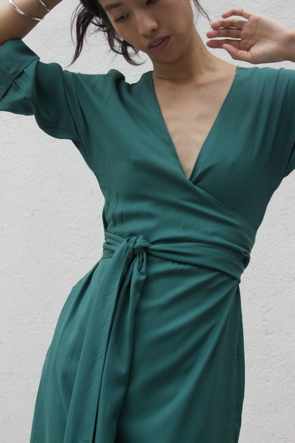 Ajaie Alaie Monologue Dress