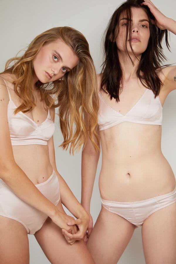 d729e5befa9f2 Kent Woman Organic Silk Soft Bra   Bikini Box Set - Winter Blush ...
