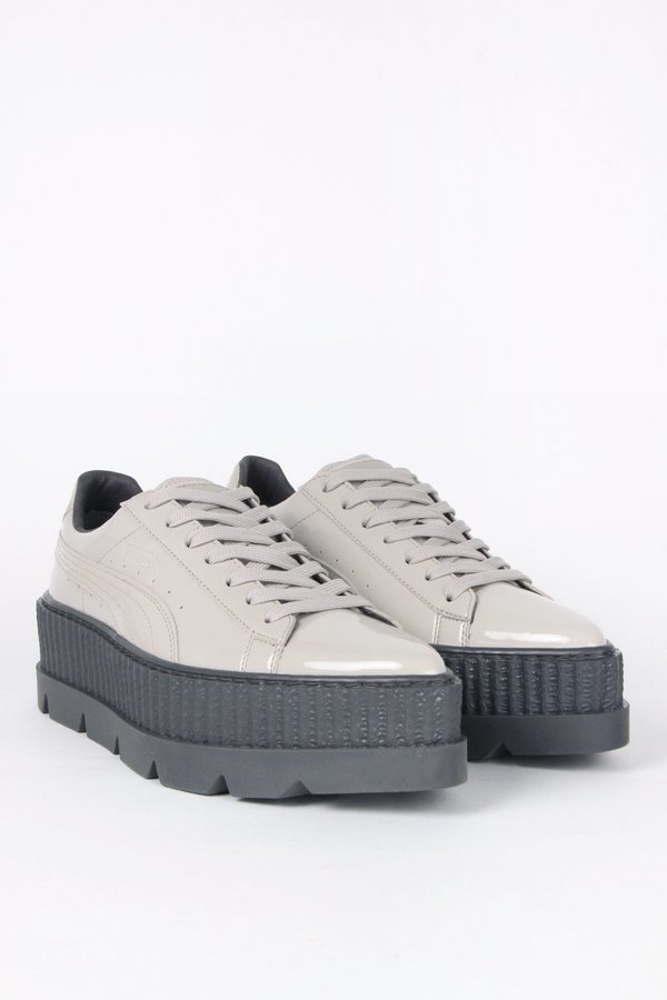 competitive price 56a19 afca1 Puma X Fenty Pointy Creeper - dove patent